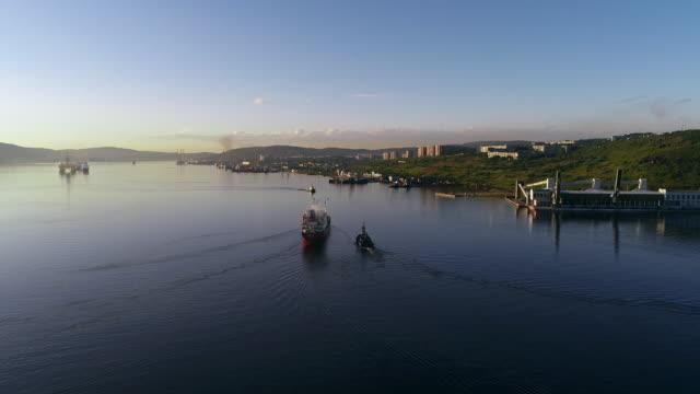 Nord-Schiffe von Liegeplätze im Hafen von Murmansk