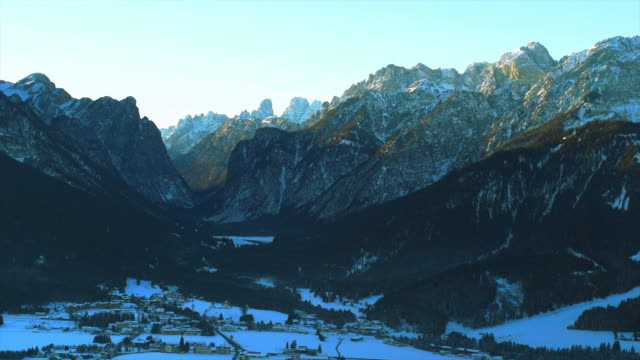 HD Northern Dolomites Mountains in Winter (Panning)