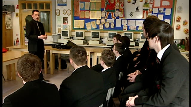 bloody sunday killings saville report to be published on tuesday 14th june 2010 int history teacher addressing class of pupils as giving lesson on... - saville report stock videos & royalty-free footage