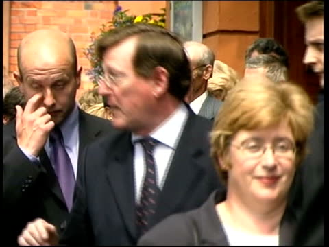 stockvideo's en b-roll-footage met david trimble reelected itn ireland belfast ext ms side ulster unionist members along into hall to bv ms more ulster unionists arriving pan - david trimble
