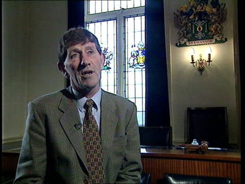 northern ireland peace process:; b)c4n itn n ireland: co fermanagh: ext farm owned by william long to which his family have returned after being... - farmhouse stock videos & royalty-free footage