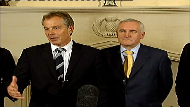 tony blair arrival and press conference with bertie ahern tony blair mp press conference sot we'll keep you updated as we talk to the parties but... - 2006 stock videos & royalty-free footage