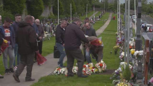 profile of creggan estate where lyra mckee was murdered uk derry danny bradley brother of seamus bradley and robert bradley interview memorial... - trillerpfeife stock-videos und b-roll-filmmaterial