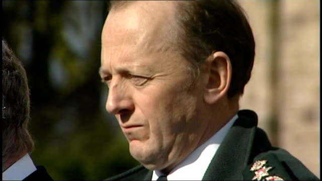 sinn fein condemn attacks hugh orde and martin mcguinness side by side at press conference - シンフェイン点の映像素材/bロール