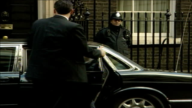 Tony Blair in discussions with Sinn Fein and DUP on power sharing ENGLAND London Downing Street EXT Tony Blair MP arriving in car and along into...