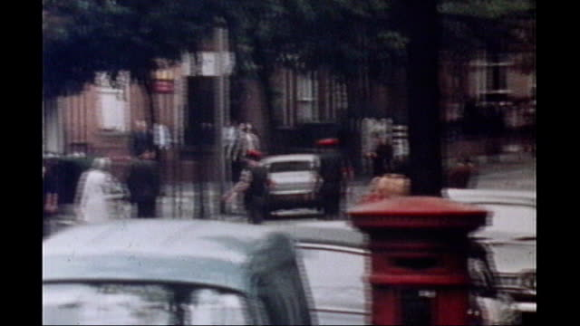 vídeos de stock e filmes b-roll de utv northern ireland troubles footage clipreel 169 2171972 bloody friday bombs building exploding / bus station being blown up / bomb exploding... - belfast