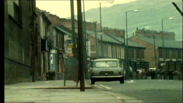 stockvideo's en b-roll-footage met utv northern ireland troubles footage clipreel 43 1441972 unedited version of controlled car bomb explosion on mini car showing ato firing gun at... - videoato