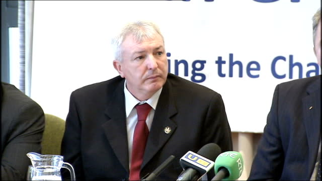 ulster defence association announces decommissioning of weapons press conference colin haliday press conference sot q do you see yourselves forming... - co ordination stock videos & royalty-free footage