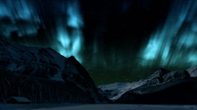 vídeos de stock e filmes b-roll de northern lights over the winter mountain - time lapse aurora borealis (northern lights) - tempo real