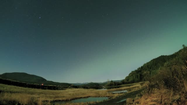 northern lights time lapse - cordova, alaska - アラスカ点の映像素材/bロール