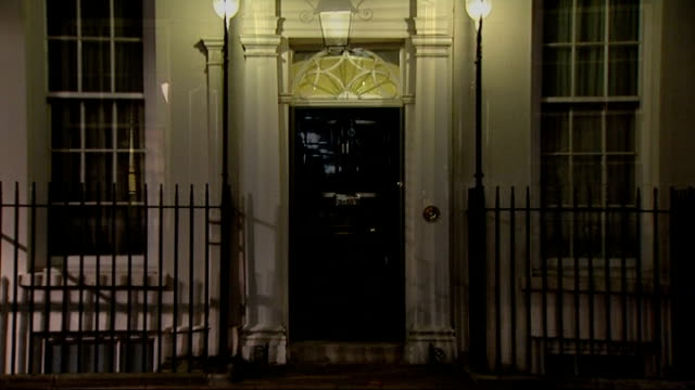 main bidders expect nationalisation england london downing street exterior of number 10 exterior of number 11 door of number 11 door of number 10 - number 11 stock videos and b-roll footage