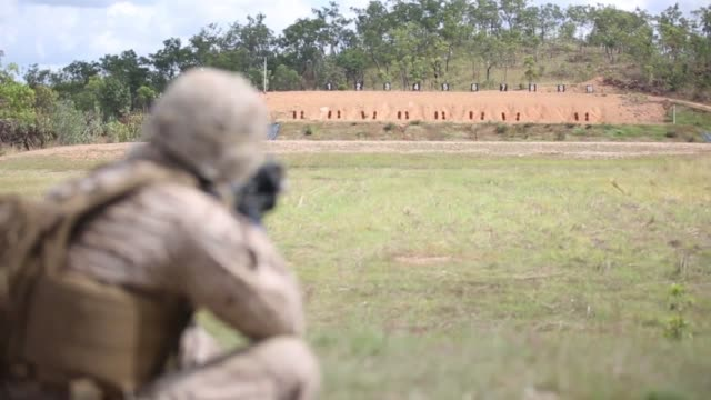 northern territory, australia – marines with1st battalion, 5th marine regiment, marine rotational force – darwin, perform a live-fire range... - us marine corps stock videos & royalty-free footage