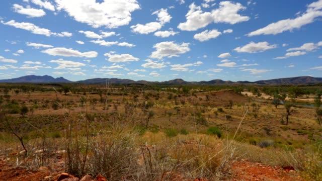 Noordelijk Territorium cloudscape woestijn weergave, Australië