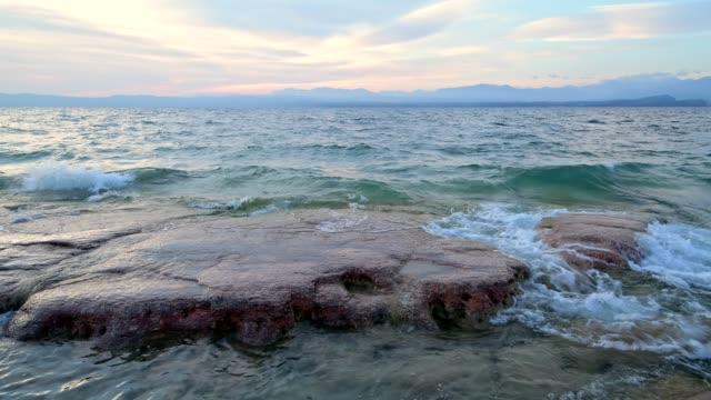 northern tip of peninsula sirmione, sirmione, brescia, lake garda, lago di garda, lombardy, lombardei, italy - lago stock videos & royalty-free footage