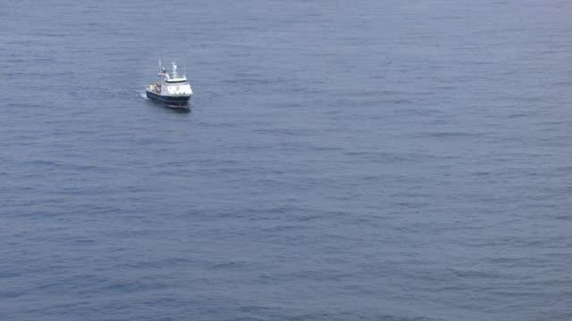 norway : batsfjord harbor trawler - trawler stock videos & royalty-free footage