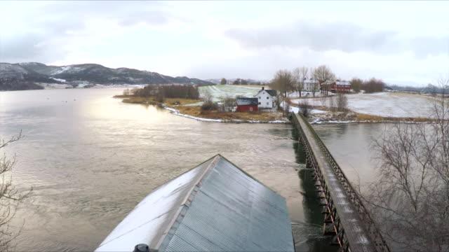 stockvideo's en b-roll-footage met norwegian boat house - winter - ver