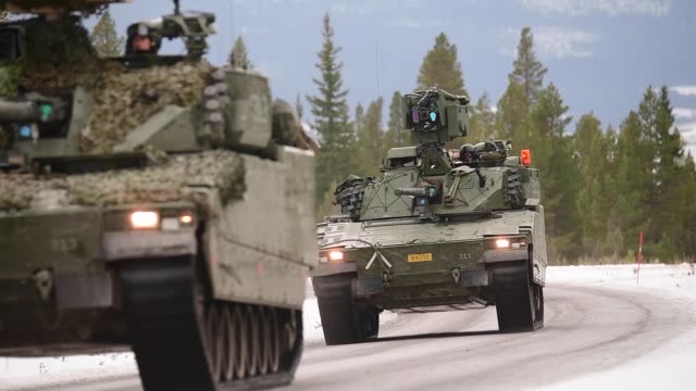 Norwegian Home Guard and British Army train in Norway in a simulated operation during NATO Exercise Trident Juncture 18