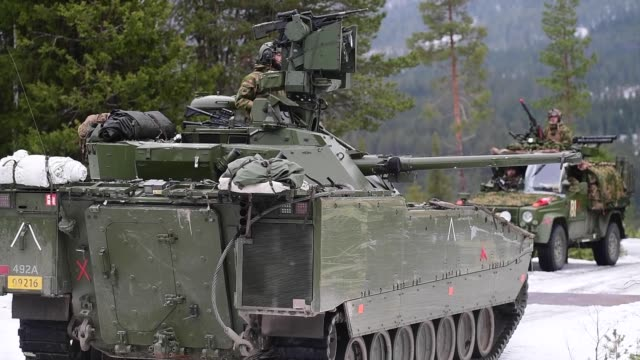 norwegian home guard and british army train in norway in a simulated operation during nato exercise trident juncture 18. - train guard stock videos & royalty-free footage