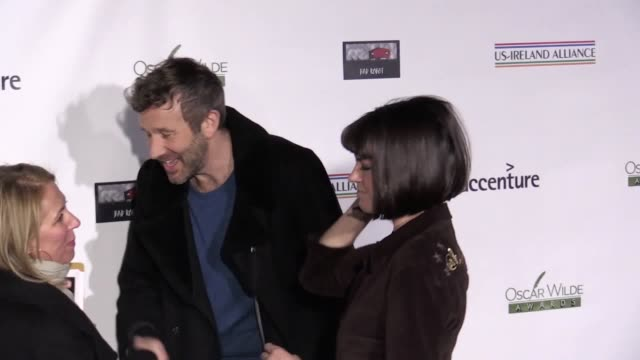note content. at the oscar wilde awards, chris o'dowd gives his thoughts on brexit, melissa mccarthy praises richard e grant and aidan gillen... - richard e. grant stock videos & royalty-free footage