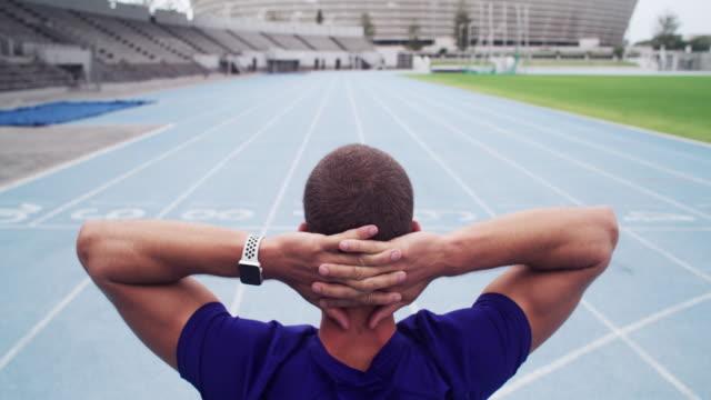 vidéos et rushes de rien n'est impossible, rappelez-vous que! - performance athlétique