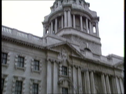 new evidence ext old bailey - old bailey stock-videos und b-roll-filmmaterial