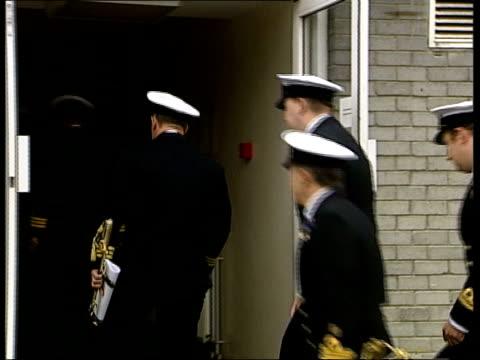 nottingham accident court martial; itn england hampshire portsmouth ext commander richard farrington into court martial with other officers james... - hampshire bildbanksvideor och videomaterial från bakom kulisserna