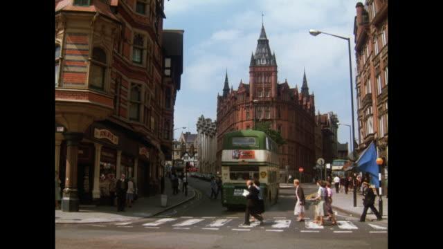 1981 - nottingham streets - 1981 stock-videos und b-roll-filmmaterial