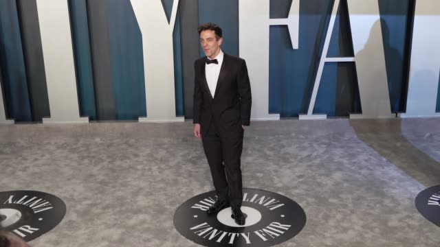 vidéos et rushes de bj novak at vanity fair oscar party at wallis annenberg center for the performing arts on february 09 2020 in beverly hills california - vanity fair