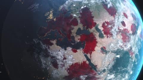 vidéos et rushes de roman coronavirus ncov se propage de l'europe à l'asie partout dans le monde, l'épidémie mondiale de grippe se propage sur tous les continents, l'infection virale mortelle mondiale, la crise pandémique corona tuer des milliers dans le monde ent - conflit