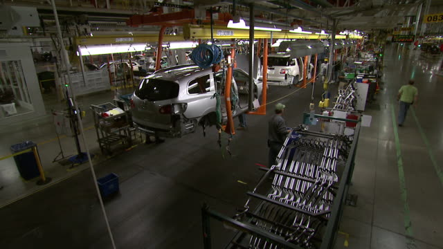 november 19 2008 montage cars on gm assembly line / lansing michigan united states - general motors stock videos & royalty-free footage