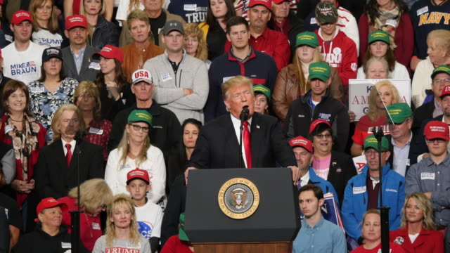 november 2 southport, indiana: united states president donald j trump campaigns against democratic senator joe donelley during a political rally at... - 上院議員点の映像素材/bロール