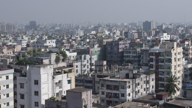 stockvideo's en b-roll-footage met november 2020: aerial view at mirpur area in dhaka, the capital city of bangladesh. - plaatselijk monument