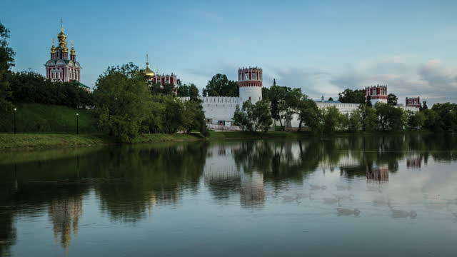 novodevichy monastery, moscow, russia - 女子修道院点の映像素材/bロール