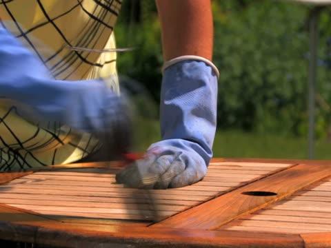ntsc: gemälde - gartenhandschuh stock-videos und b-roll-filmmaterial