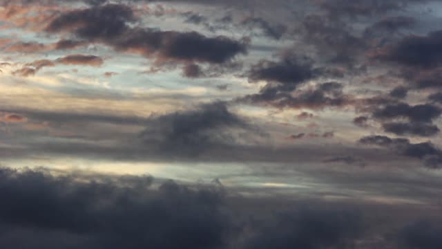 Nubes passing by, timelapse