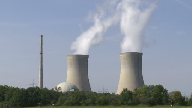 HD Nuclear Power Station (Time Lapse & Loop)
