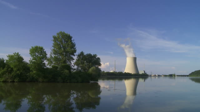 Nuclear Power Station (Loopable Time Lapse)