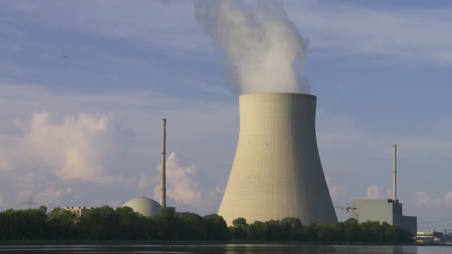 Nuclear Power Station (Time Lapse & Loop)