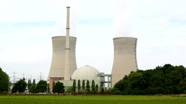 nuclear power station - nuclear power station stock videos & royalty-free footage
