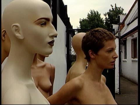 Nude models ITN MS Nude woman posing for Rankin