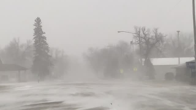 stockvideo's en b-roll-footage met number of northern states, including minnesota, were preparing for blizzard conditions on december 23, with the... - https