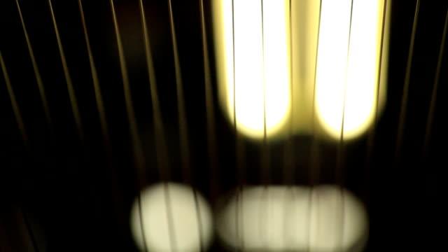 stockvideo's en b-roll-footage met numbers of a copper wire - kabel
