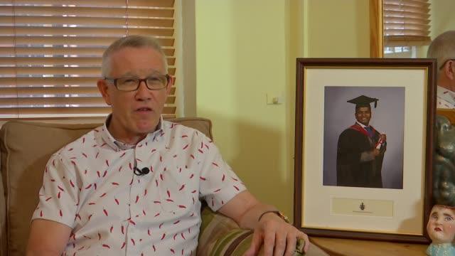 vídeos de stock, filmes e b-roll de nurse who set himself on fire was 'unfairly dismissed'; england: london: int terry skitmore interview sot - autoimolação