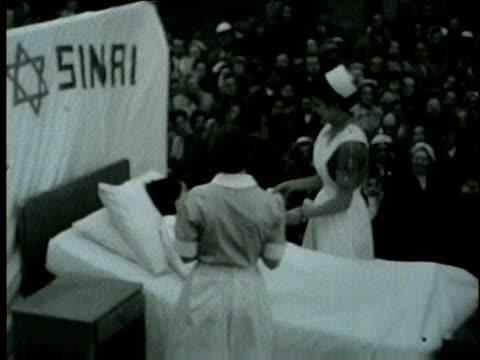 nurses day parade on may 22, 1954 in chicago. - nyttotrafik bildbanksvideor och videomaterial från bakom kulisserna