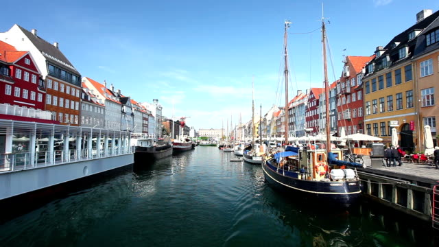 nyhavn, copenaghen, - copenhagen video stock e b–roll