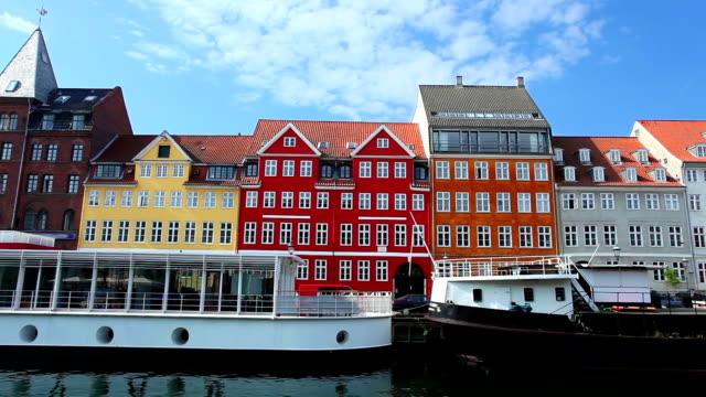 nyhavn - copenhagen - townhouse stock videos & royalty-free footage
