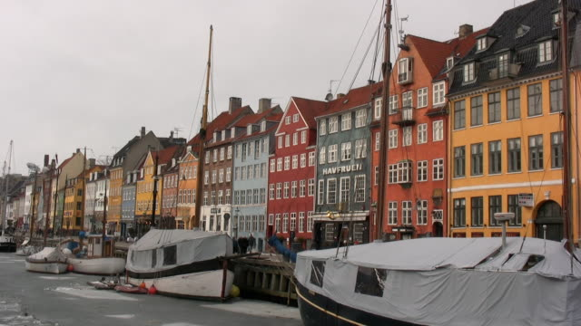 nyhavn in copenhagen/denmark - copenhagen stock videos & royalty-free footage