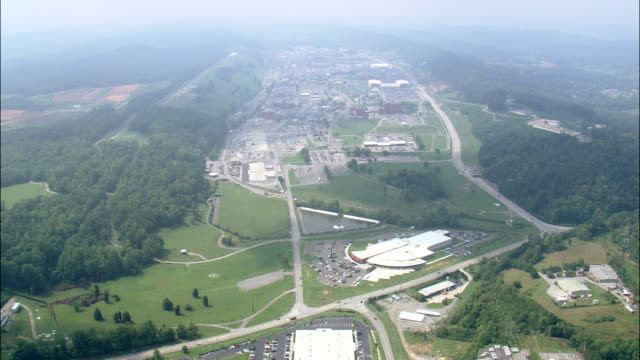 oak ridge nuclear facility - tennessee stock-videos und b-roll-filmmaterial