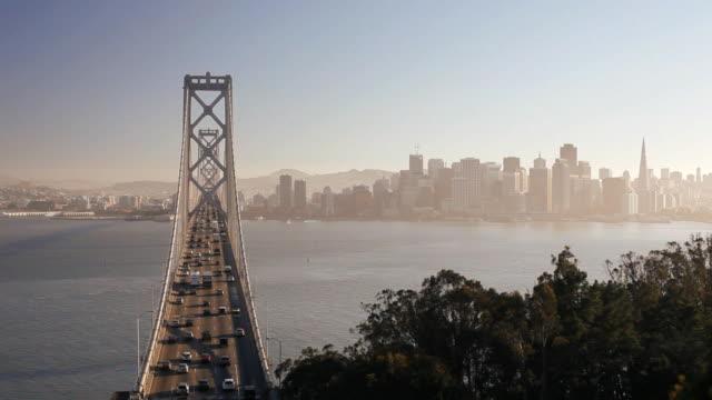 oakland bay bridge, san francisco, california, united states of america - 橋点の映像素材/bロール