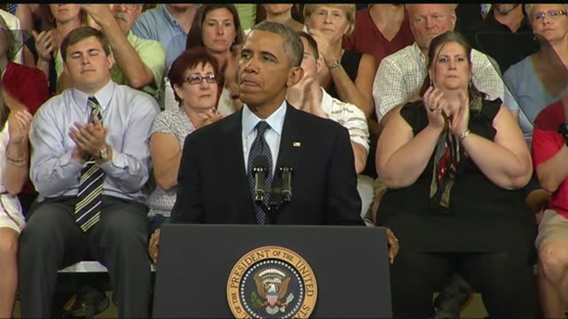 stockvideo's en b-roll-footage met obama says that he will not allow gridlock in congress to prevent economic improvement during a 2013 speech about the economy and the middle class - business or economy or employment and labor or financial market or finance or agriculture